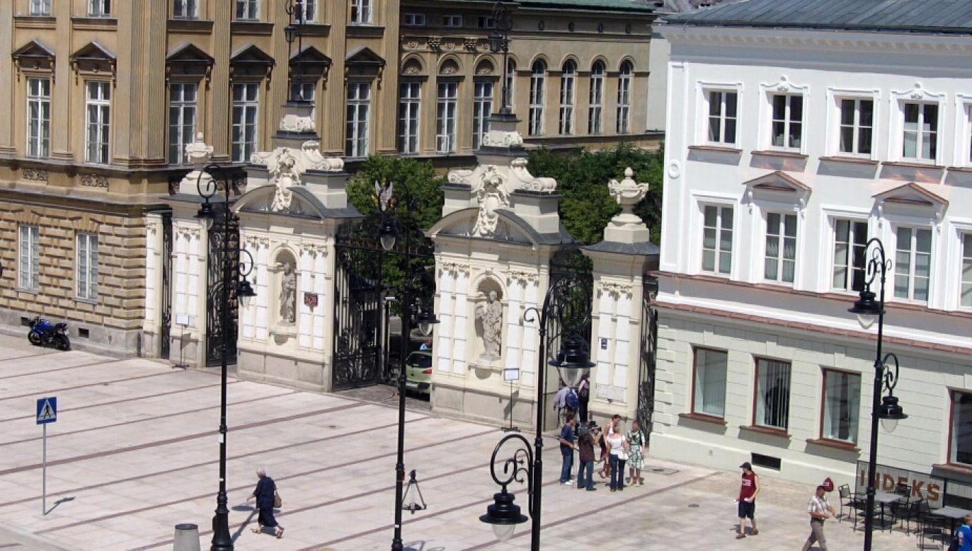 Uniwersytet Warszawski (fot. wikipedia.org/ Minimus)