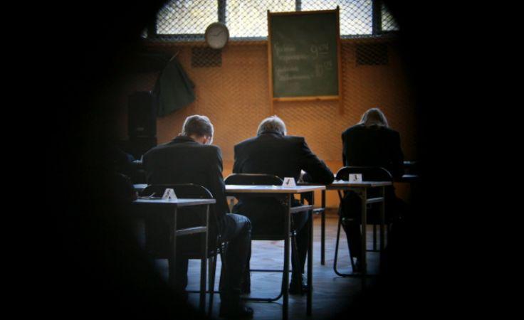 Egzamin gimnazjalny. Foto. PAP/Lech Muszyński