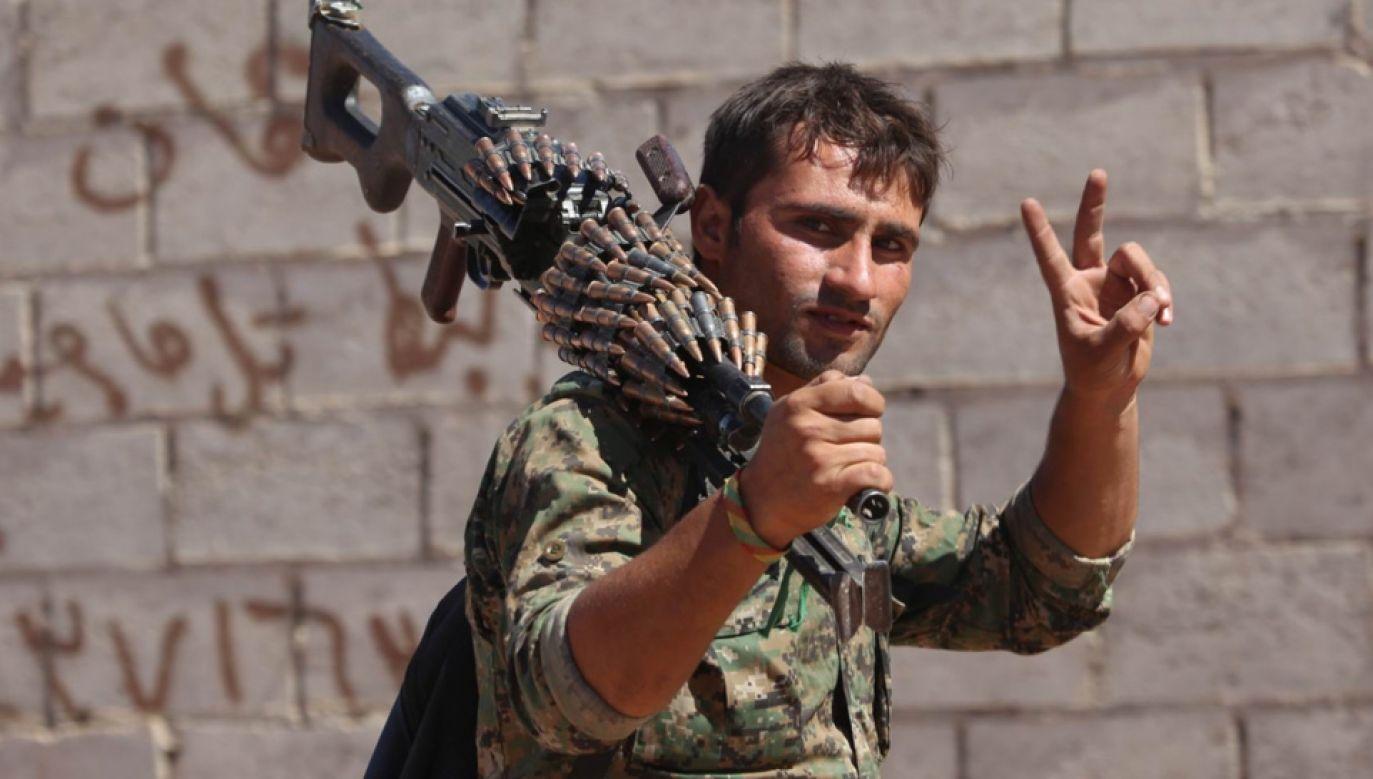 Mimo poprawiających się statystyk wojna w Syrii trwa (fot. Flickr/Kurdishstruggle)