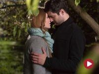 Pocałunki w sadzie…
