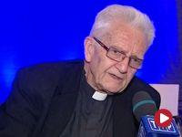 """Ks. Boniecki dla """"Panoramy"""" TVP2: Bartoszewski mawiał, że """"Tygodnik""""  to jest jego ojczyzna z wyboru"""