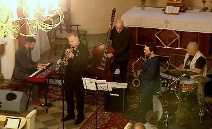 Jazz uwolniony. Kwintet Piotra Wojtasika zagrał w kościele