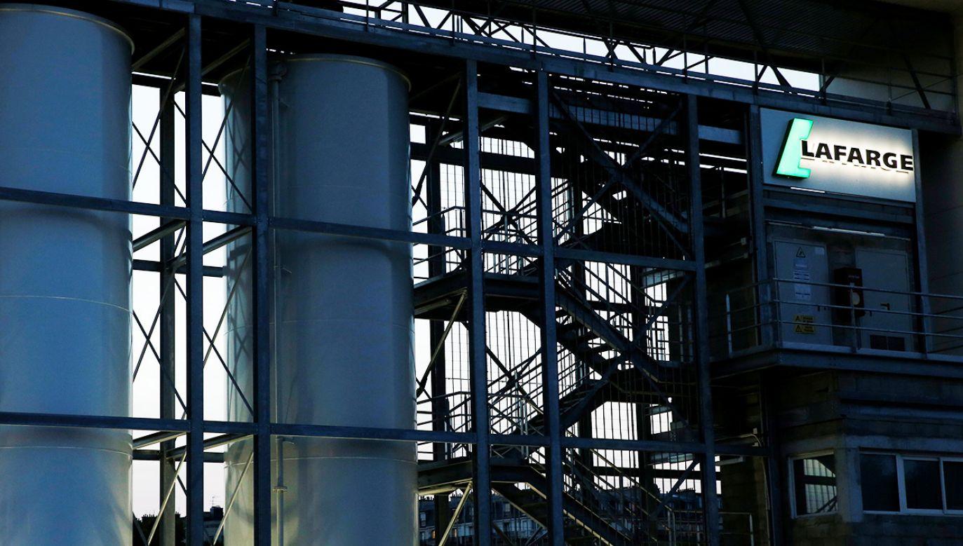 Koncern Lafarge mógł prowadzić działalność nie tylko gospodarczą (fot. REUTERS/Gonzalo Fuentes)