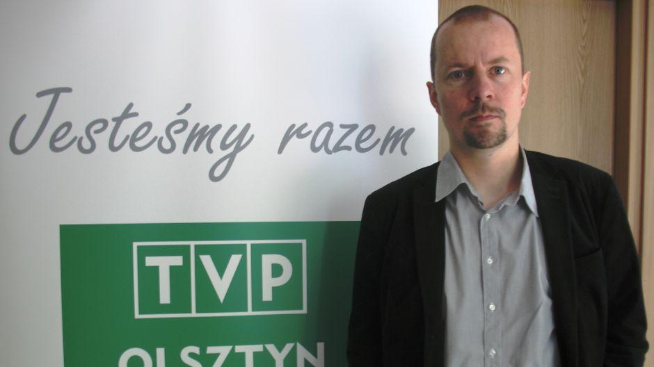 """Michał Olszewski, laureat Literackiej Nagrody Warmii i Mazur """"Wawrzyn""""."""