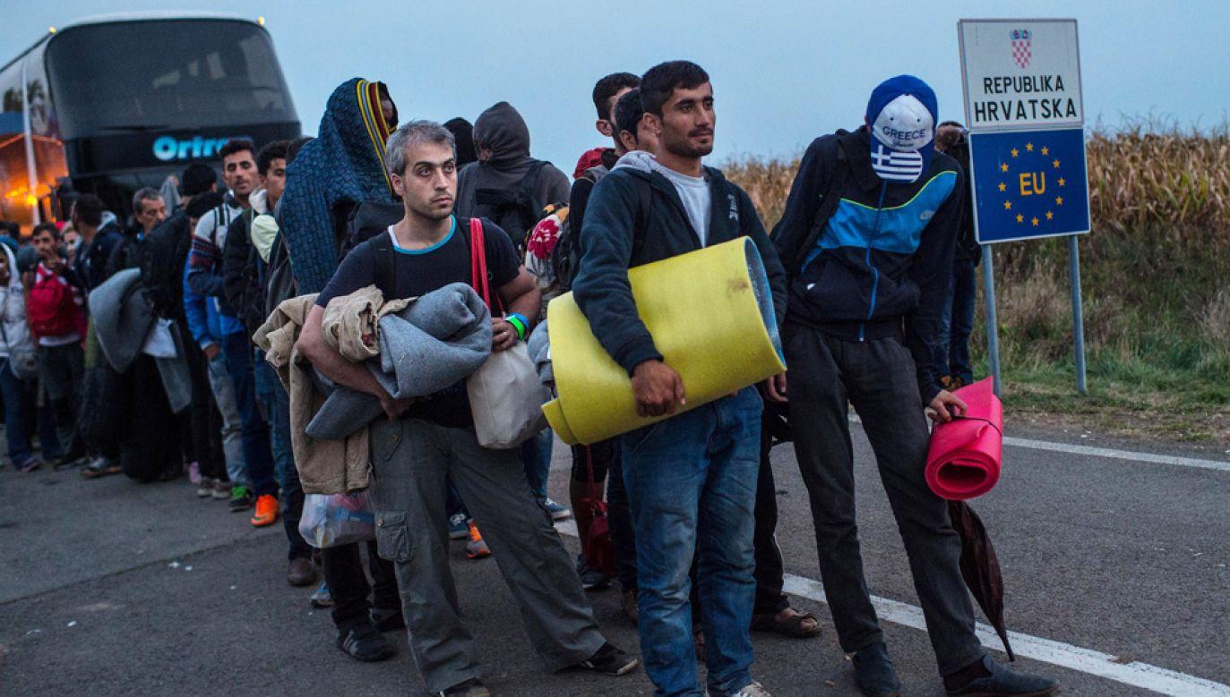 Przez tzw. szlak bałkański do Europy Zach. przedostały się tysiące migrantów (fot. David Ramos/Getty Images)