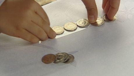 """Podczas akcji """"Kilometry dobra"""" organizacje pozarządowe będą zbierać złotówki, które podczas finału 31 maja zostaną ułożone w długiego węża."""