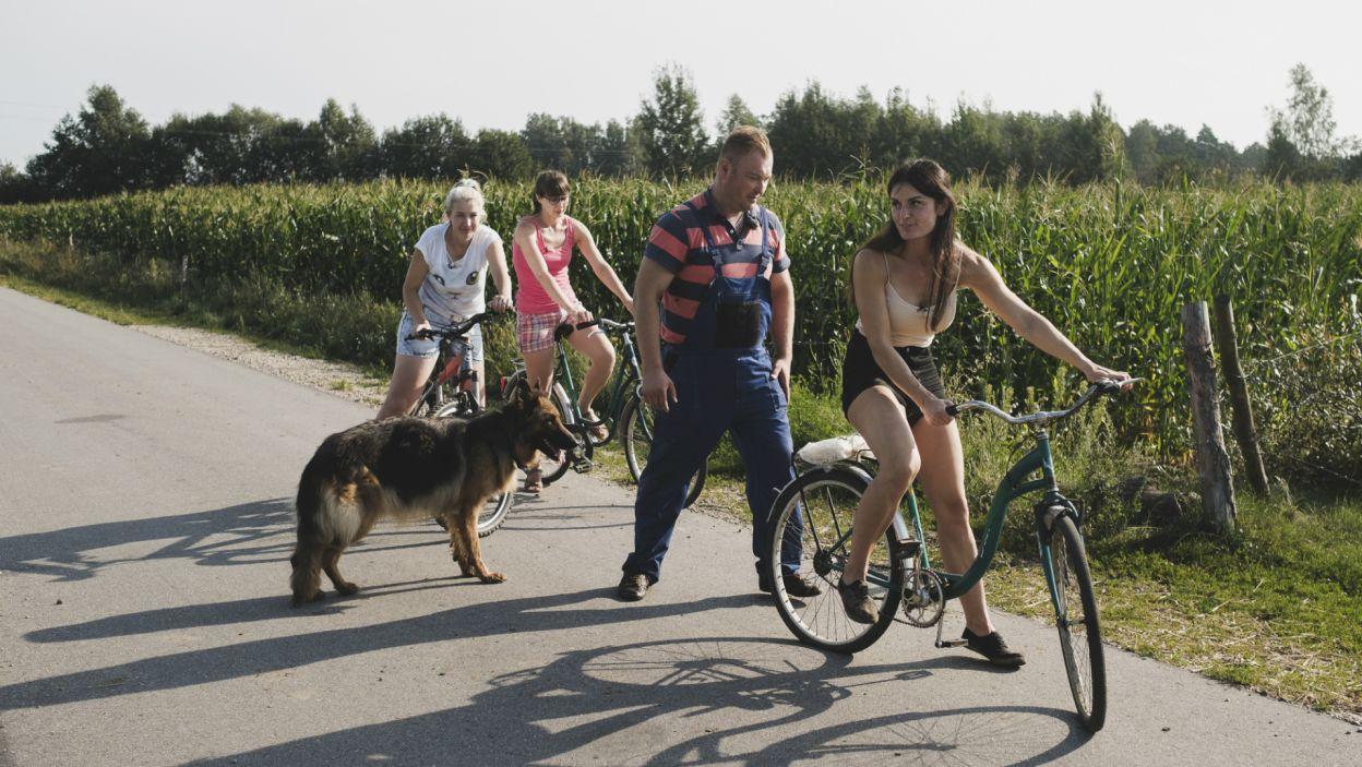 Znacznie przyjemniejsza atmosfera panowała u Łukasza (fot. TVP)