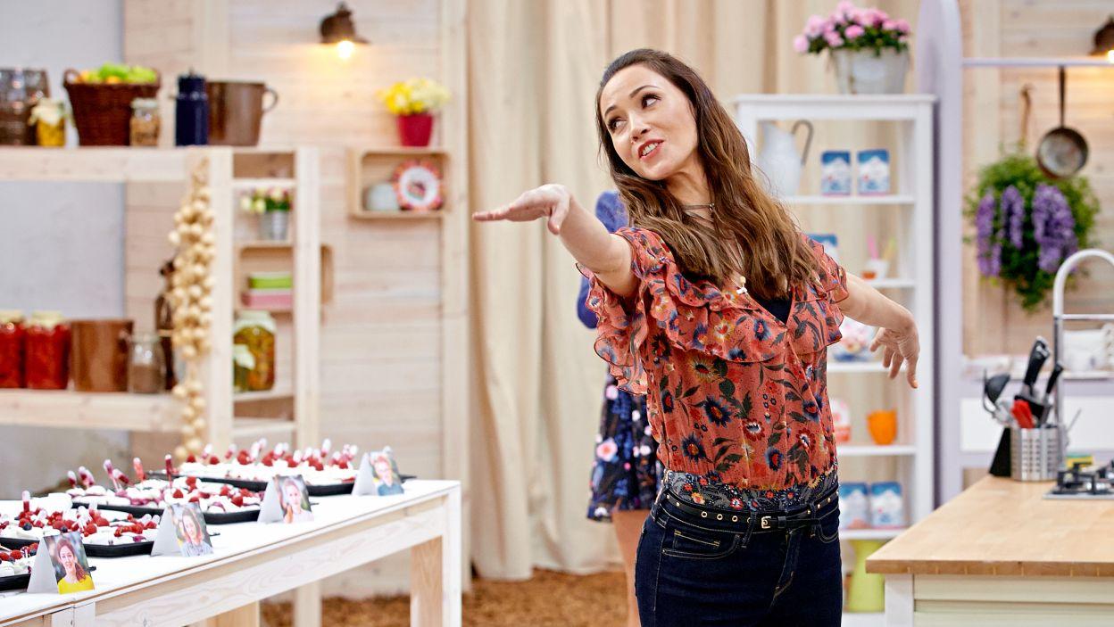 Nazwa Bufetowa Pawłowa pochodzi od nazwiska rosyjskiej baleriny. To dla niej pewien cukiernik stworzył ten lekki deser (fot. TVP)