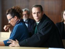 Sprawa, którą Marcin zajmuje się w sądzie, zmusza go do przemyślenia swojego zachowania wobec Igi (fot. A. Grochowska)