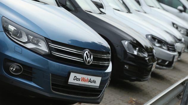 Volkswagen odpowiada za nielegalne oprogramowanie zainstalowane w milionach aut  (fot. Sean Gallup / Staff / Getty Images)
