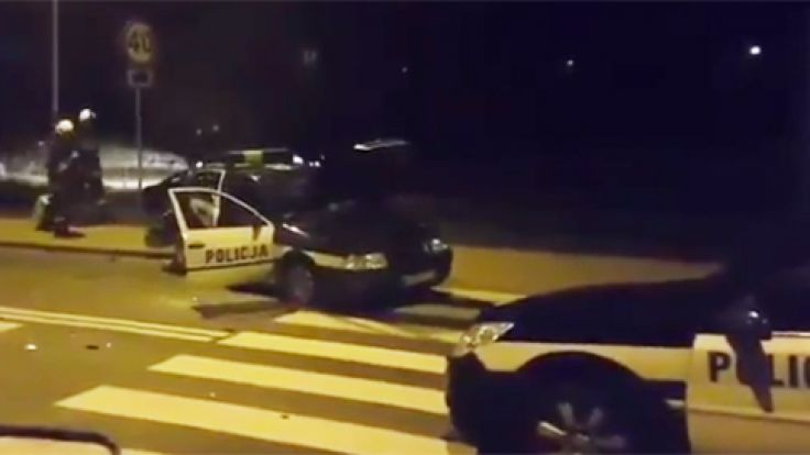 Trzech policjantów odniosło obrażenia (fot. YT/Jelenia.tv)