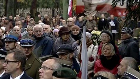 Warszawiacy pożegnali ppłk Józefa Bandzo (fot. TVP Info)