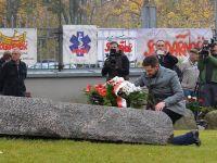 Patryk Jaki złożył kwiaty na grobie błogosławionego ks. Jerzego Popiełuszki