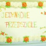 """Tak wyglądał tort z okazji 1. urodzin """"Jedynkowego Przedszkola"""" (fot. TVP)"""