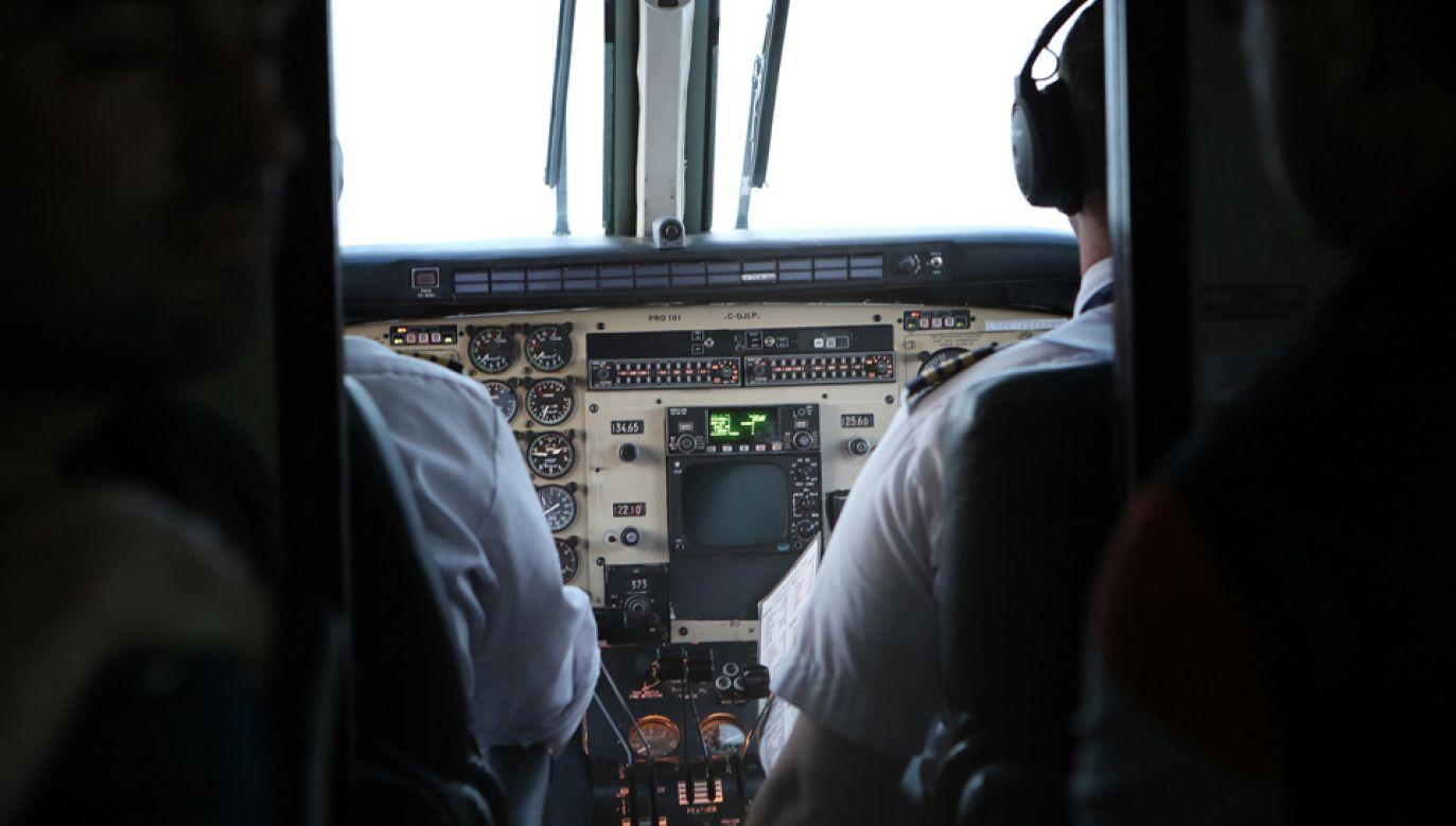 Pijany pilot chciał odlecieć z lotniska w Stuttgarcie (fot. pixabay/StockSnap)