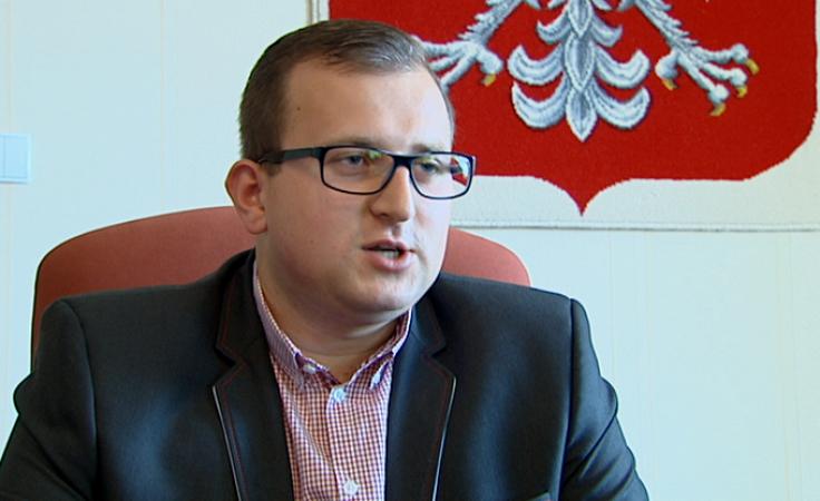 Najmłodszy starosta w Polsce pozostanie na stanowisku