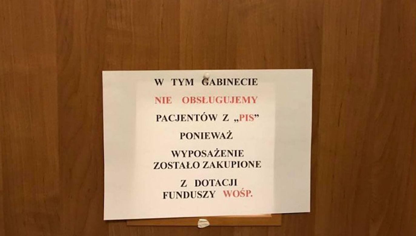 """""""Miał to być ironiczny, satyryczny żart"""" - napisał dr Wojciech Wieczorek (fot. tt/@KOW_z_KOD)"""