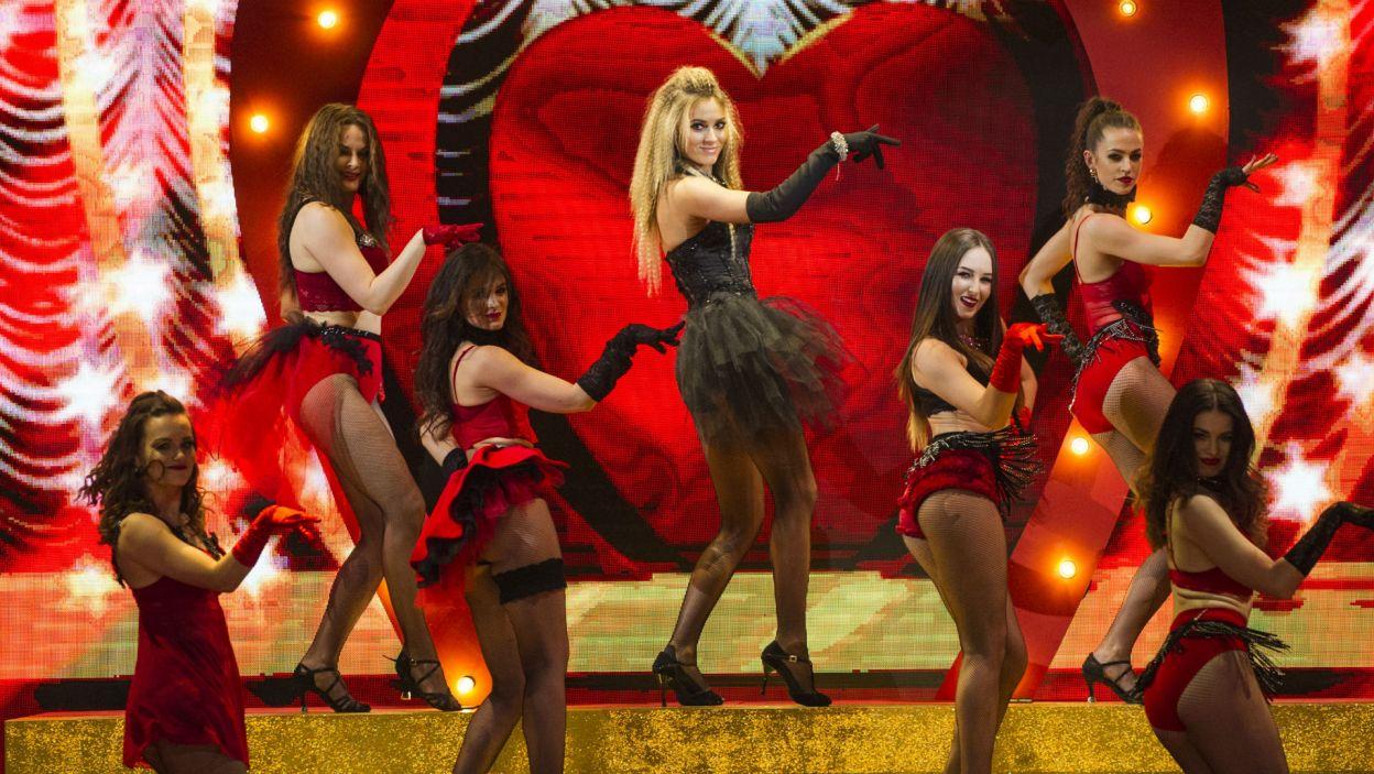 Zjawiskowy wygląd i nie gorsze umiejętności taneczne – to musiało wystarczyć! (fot. N. Młudzik/TVP)