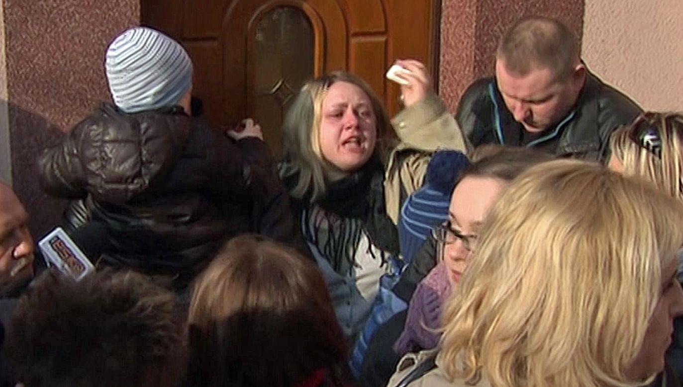 Rodzina musiała opuścić swój dom, bo w tym miejscu zaplanowano drogę (fot. TVP)