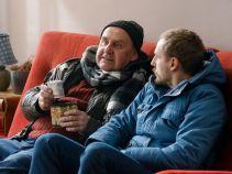 Obaj panowie postanowili wcielić w życie swój plan na genialny biznes usługowy (fot. Mateusz Wiecha/TVP)
