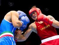 Ukrainiec w finale pokonał Włocha na punkty (fot. Getty Images)