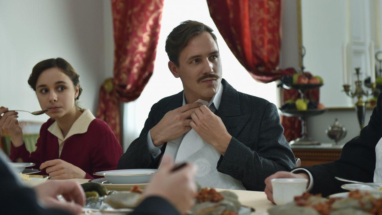 Stefan Pawłowski zagrał w spektaklu rolę Stacha (fot. Ireneusz Sobieszczuk/TVP)