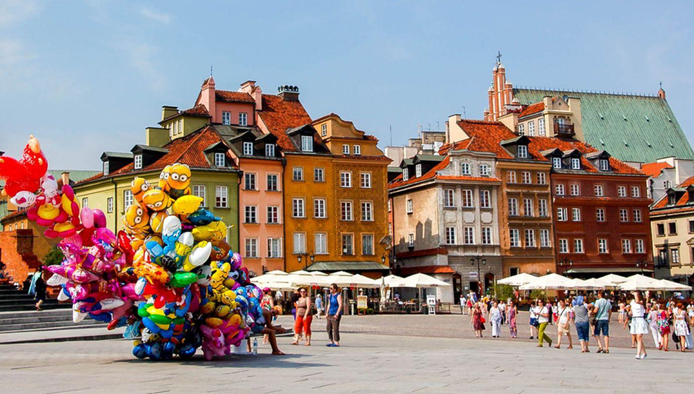 Większość obcokrajowców kojarzy nasz kraj z jego historią i bogatym dziedzictwem(fot.  Marco Verch/Flickr)