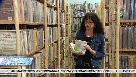Czytelnictwo w kryzysie, książki i biblioteki czekają na młodzież