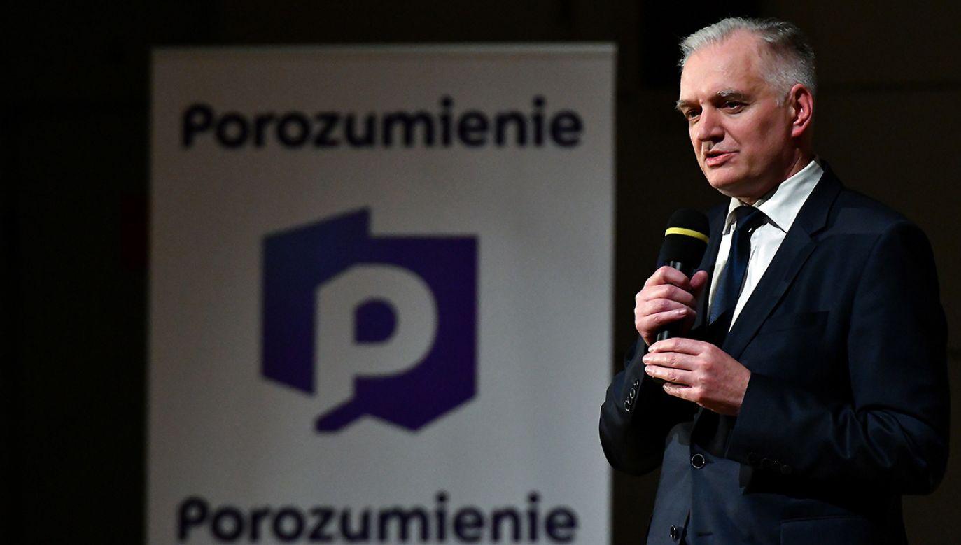 Minister nauki i szkolnictwa wyższego Jarosław Gowin podczas konwencji regionalnej Porozumienia w Kielcach (fot. PAP/Piotr Polak)