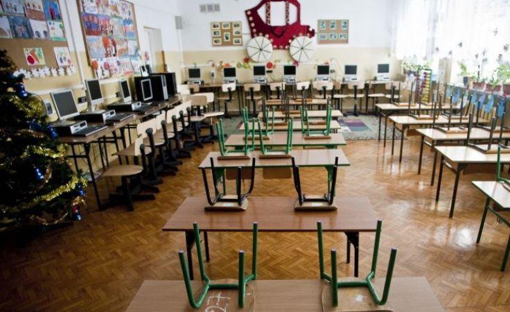 Do szkół uczniowie powrócą 16 lutego. Fot. TVP
