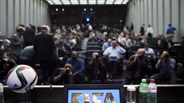 Na polecenie amerykańskiej prokuratury zatrzymano czołowych działaczy FIFA. Są podejrzani o korupcję
