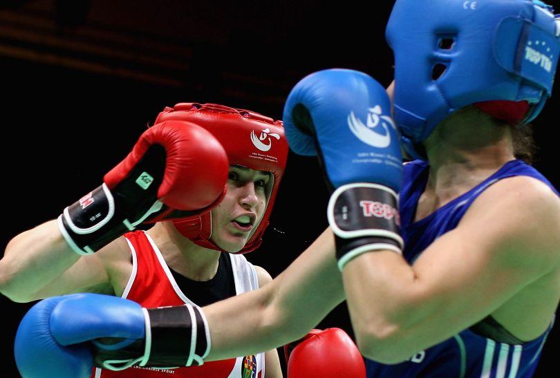 Katie Taylor (L) jest również pięciokrotną mistrzynią Europy (fot. Getty Images)