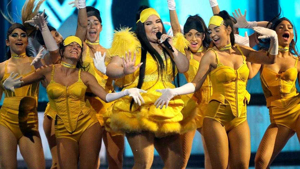 """Netta triumfowała rok temu w finale Eurowizji, a w tym roku zaprezentowała światu swój nowy utwór – """"Nana Banana"""", czyli następcę hitu """"Bassa Sababa"""", który został oficjalnie zremiksowany przez Gromeego (fot. PAP/EPA)"""