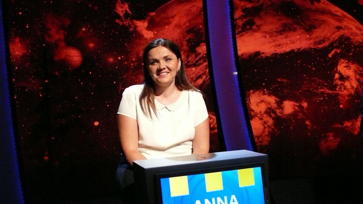 Pani Anna wraz z dziewiątką innych uczestników przyjechała rozegrać 14 odcinek 107 edycji