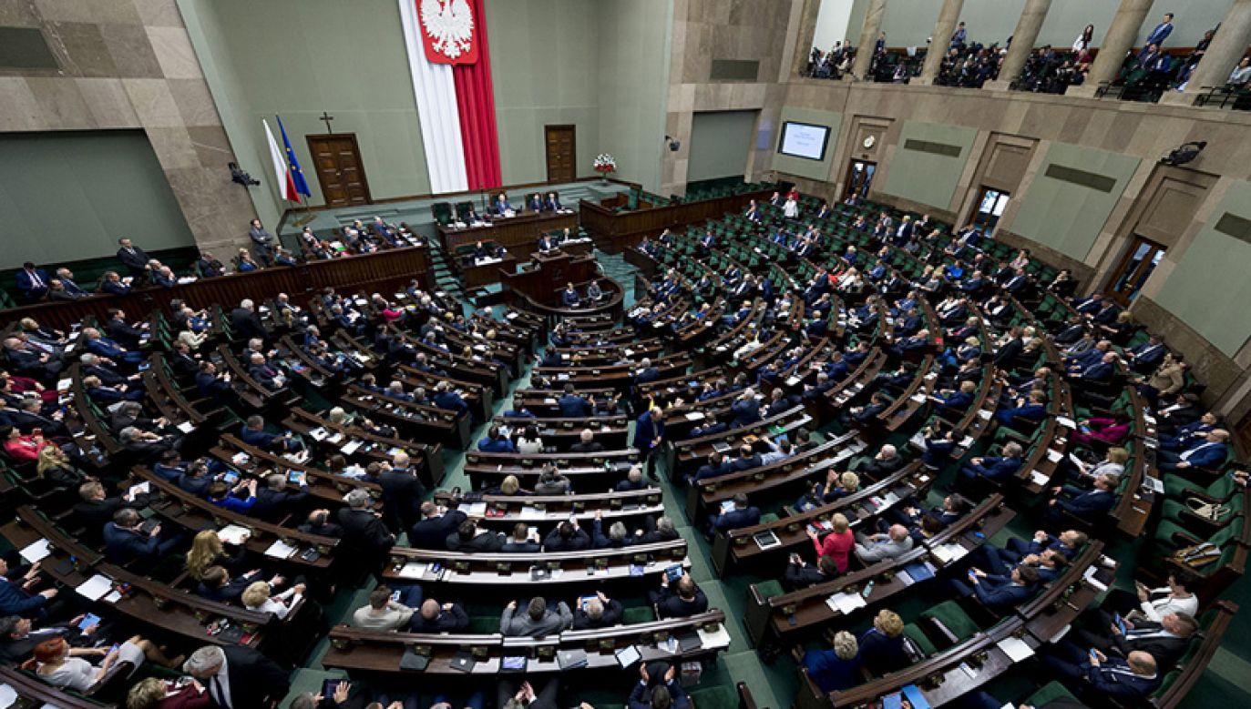 36 proc. osób deklarujących gotowość wzięcia udziału w wyborach do Sejmu zamierza głosować na PiS (fot. Kancelaria Prezesa Rady Ministrów)