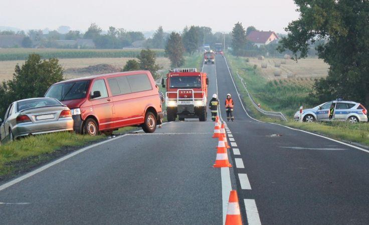 Przez kilka godzin droga była zablokowana (fot. KPP Mogilno)
