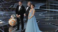 Kelly Marie Tran, Oscar Isaac i Mark Hamill (fot. REUTERS/Lucas Jackson)