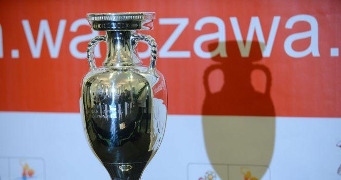 O Puchar Delaunaya piłkarze walką od 1960 roku (fot. PAP/Bartłomiej Zborowski)
