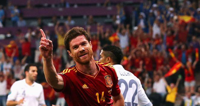 Xabi Alonso zdobył pierwszą bramkę do Hiszpanii (fot. Getty Images)