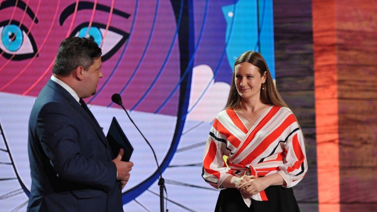 """Anna Wieczur-Bluszcz otrzymała nagrodę za reżyserię w słuchowisku Polskiego Radia za """"Lento rubato"""" (fot. N. Młudzik/TVP)"""