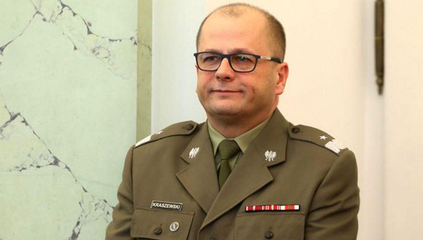Gen. bryg. Jarosław Kraszewski (fot. tt/@wiihol)