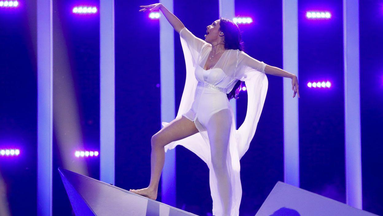 Jak pierwsza zaprezentowała się wokalistka Aisel z Azerbejdżanu, ale nie przyniosło jej to awansu do finału (fot. A. Putting/EBU)