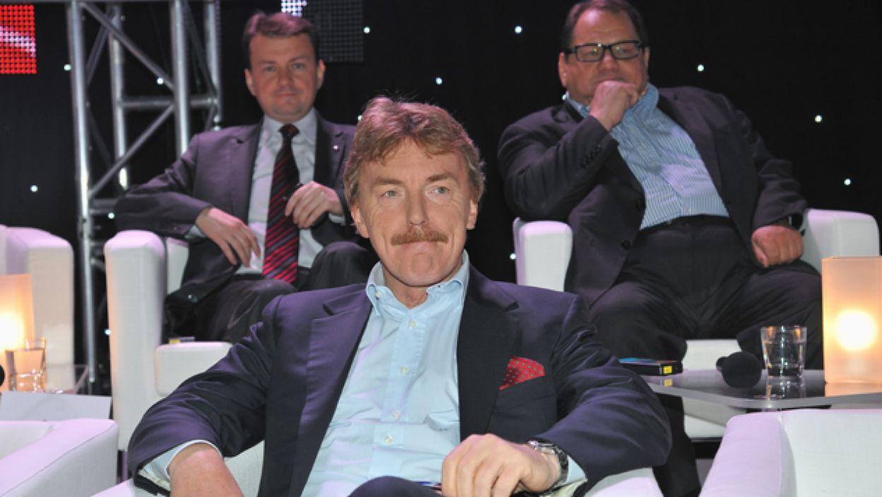 Zbigniew Boniek, Mariusz Błaszczak i Ryszard Kalisz udowodnili, że nieobce są im nauki ścisłe (fot. I. Sobieszczuk/TVP)