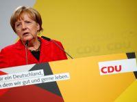 """Namaszczona przez Kohla, faworytka w wyborach. Angela Merkel – """"cesarzowa Europy"""""""