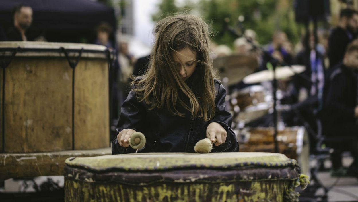 Niezwykłe instrumenty wywarły na odwiedzających duże wrażenie (fot. TVP)