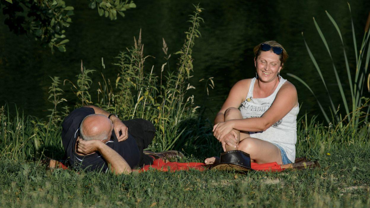 Małgosia chciała wiedzieć, na czym stoi. Czy Jan uspokoił jej nerwy? (fot. TVP)
