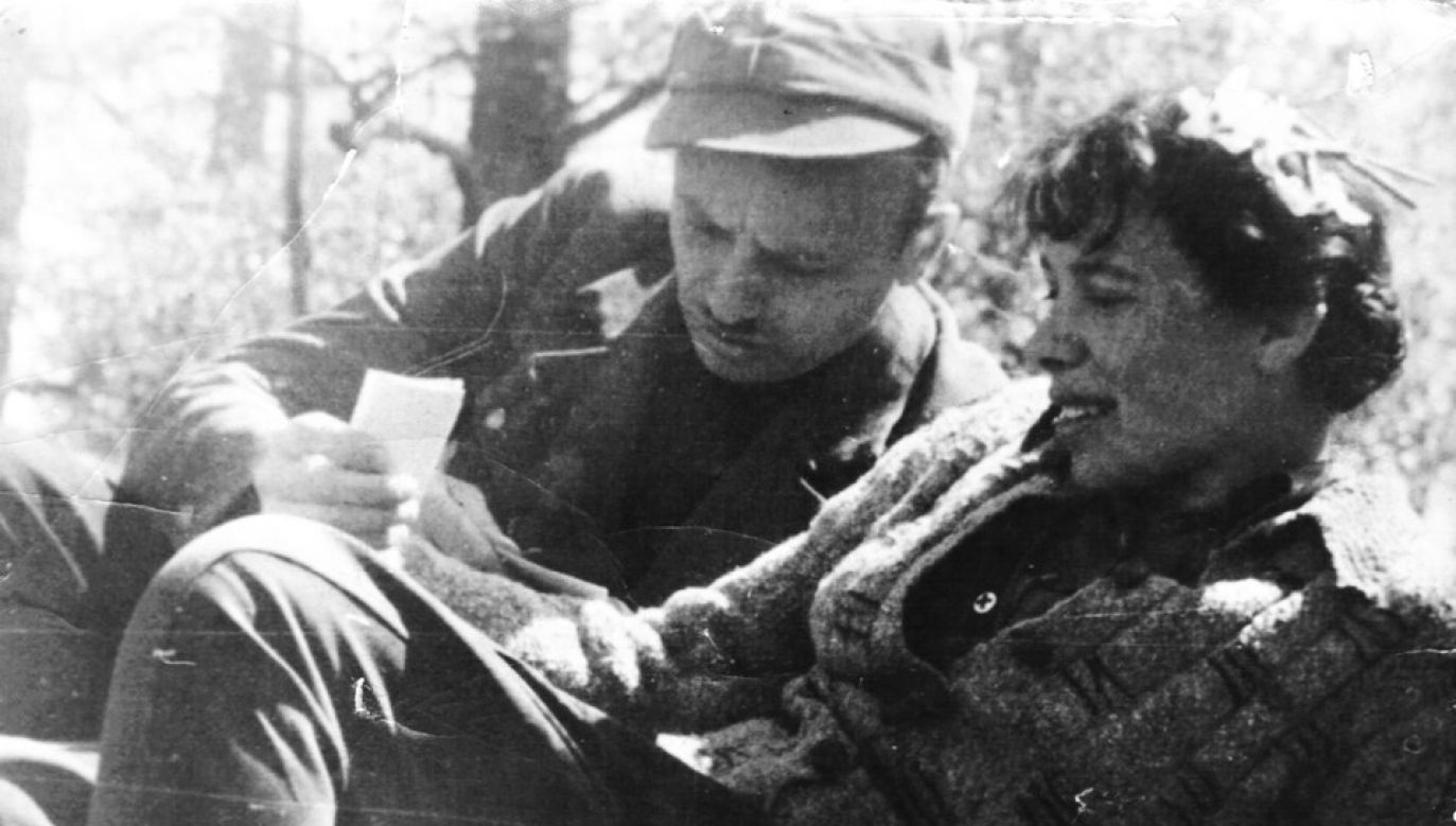"""Lidia Lwow-Eberle """"Lala"""" z Zygmuntem Szendzielarzem """"Łupaszką"""" (fot. arch. prywatne)"""