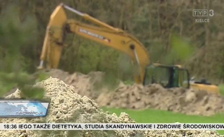 Śledztwo w sprawie dzikiego wysypiska w Niegosławicach