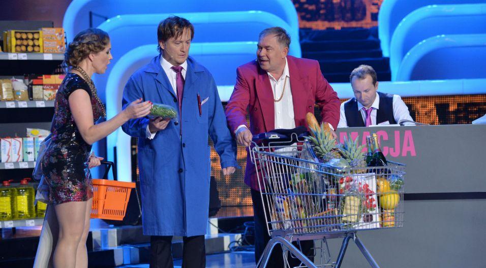 ...przenieśli widzów opolskiego amfiteatru do supermarketu... (fot. I. Sobieszczuk/TVP)