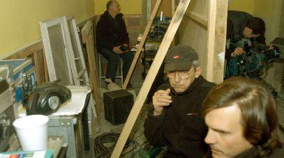 Michał Englert (autor zdjęć), w głębi reżyser Maciej Englert (fot. TVP)